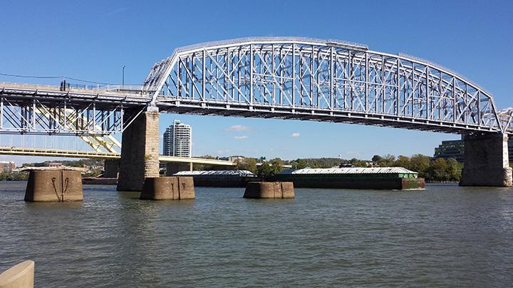 Kentucky coal barge