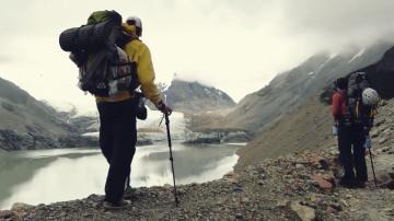 Hikers at Laguna De los Tres Trek in El Chalten, Argentine, Patagonia